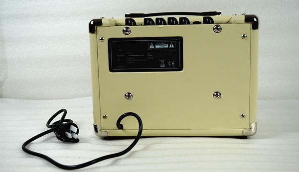 acoustic guitar amplier  (5)