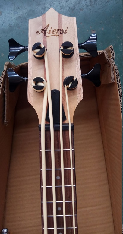 aiersi electric bass ukulele  (3)
