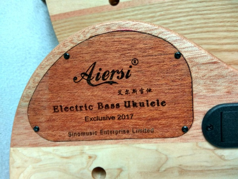 aiersi brand electric bass ukulele for sale  (5)